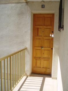 Puerta de entrada apartamento