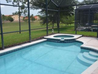 Luxury Windsor Hills Disney Villa / 2 miles to WDW, Kissimmee