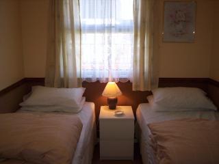 Bedroom 2 twin beds wardrobe