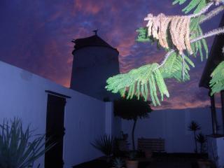 Habitación Independiente, Tiagua