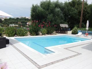 Villa Heliades Apartment