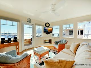 Waterfront Luxury Condo on The Embarcadero. VIEWS!, Morro Bay