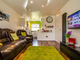 Central Belfast Apartment. Prime central location!
