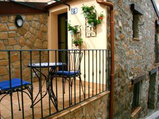 Casa Nonno, a tranquil getaway in a charming Sicilian village