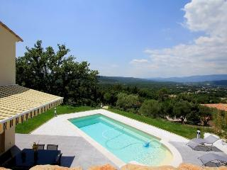 6039 Provence villa with magnificent views