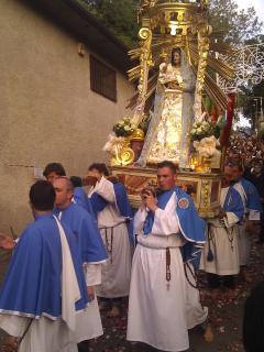 Processione nel borgo medievale di Artena - Procession in artena medieval village 9km
