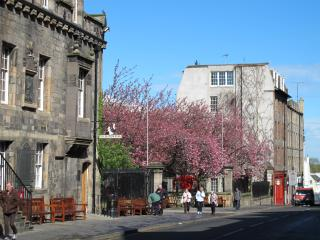 Looking down Royal Mile towards the apartment