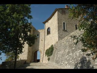 Extraordinary Tower in the Tuscan hills with pool,, Sansepolcro