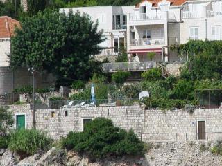 Dubrovnik Beach Front One bedroom App
