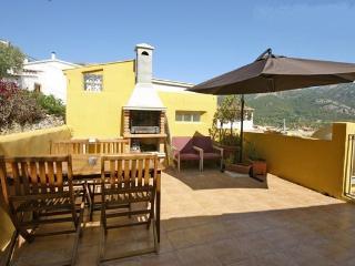 Casa reformada con terraza y hermosas vistas, Andratx