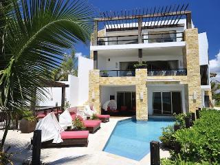 Villa Fina, Puerto Aventuras