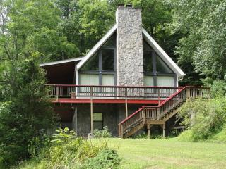 Rivers Bend  Enjoy views from  your deck or Gazebo, Franklin