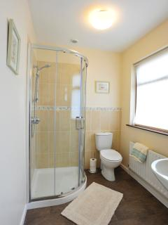 Ensuite bathroom - Mussenden