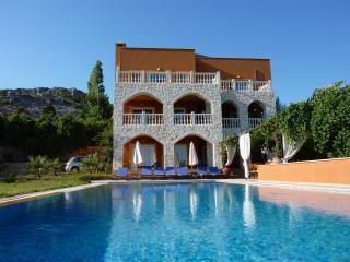 Villa Tranquillity, Islamlar
