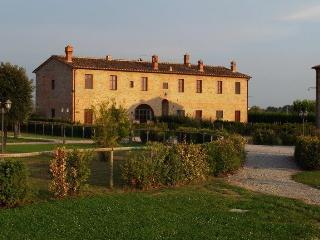 Casale Lo Staioro, San Pietro a Cegliolo