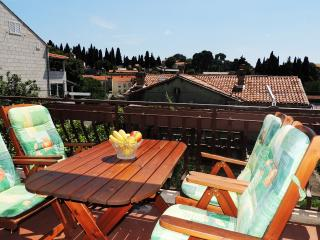 Apartments Princ Hrvoje - Two-Bedroom Apartment with Balcony, Dubrovnik