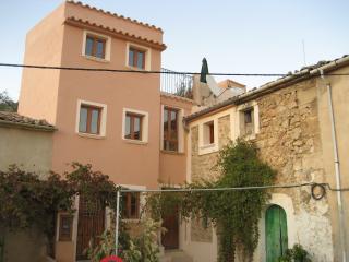 Casa reformada con terraza y hermosas vistas