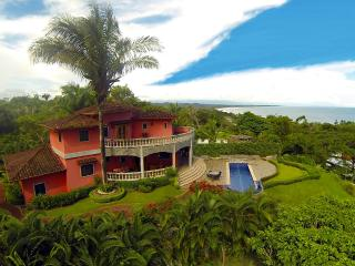 Private Oceanview home 5 min walk to beach w/pool, Esterillos Oeste