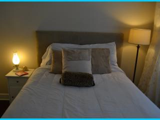Private large bedroom (ETAGE) & morning breakfast