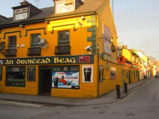 one of the many traditional pubs in Dingle