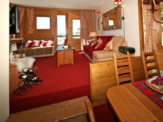 Avoriaz Chalets-Choucas - 4 star unusually large, refurbished apartment