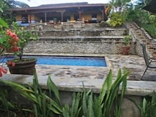 Eco-Friendly Home Outside Jaco 2 On Converted Mango/Fruit Plantation, vacation rental in Jaco