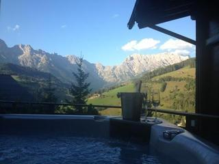 Ski in Ski out Chalet with Hot tub and sauna, Maria Alm