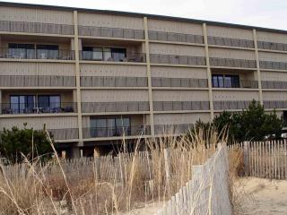 Beachfront 2BR/2BA Third-floor Condo in North Ocean City, MD
