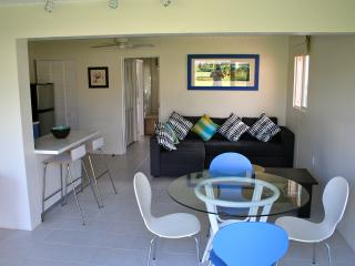Paradise 1 bed Condo, Basseterre
