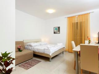 Studio apartment - balcony (6), Podstrana