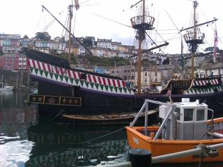Captain's Cabin, Brixham