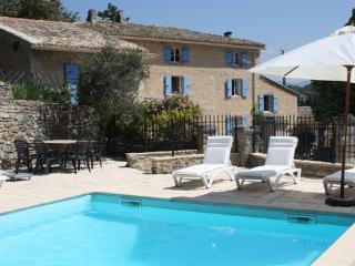 Stable Gite at Bastide des Launes en Provence, Chamaret