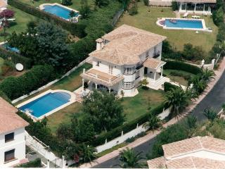 CASA PEPA, LUXURY VILLA IN ELVIRIA, private pool beautiful gardens