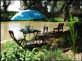 Cottage by the Canal du Midi - near Carcassonne