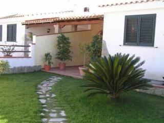 Villa - 400m from the beach, Calasetta