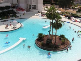 Vacanza Complex(Levante Beach)