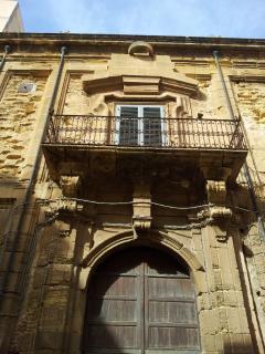 facciata  palazzo.