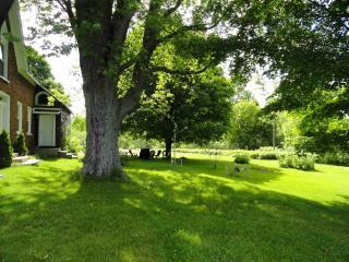 2 bed cottage West Lake 5 mins Sandbanks sleeps 6, Bloomfield