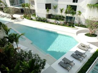 Affordable Luxury in Central Location #225