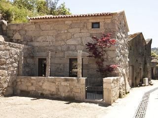 RH Casas de Campo Design - Kiko House, Ponte da Barca
