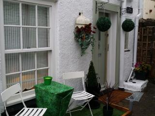 Anchor Cottage sought after location Brixham near Marina harbour and town centre