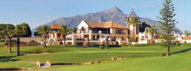 Los Naranjos Golf Couse - one of many only minutes away
