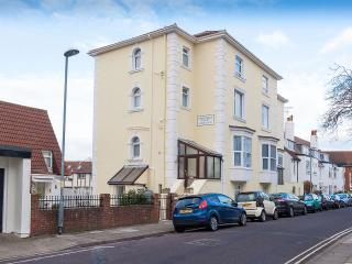 Kenilworth Court Apartment C, Portsmouth