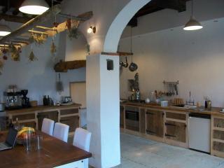 The very spacious kitchen