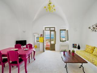 Upper floor livingroom