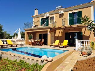Villa Yianna - 454, Lourdas