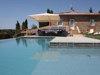 8 Agriturismo camera da letto nel centro di Tuscany di charme vanta terrazza e bellissima piscina privata, Terranuova Bracciolini