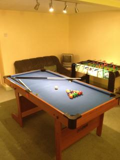The Games Room with brand new Pool table - just in case it rains!