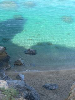 Crystal clear water on La Herradura beach