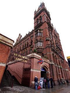Kings cross station/British library